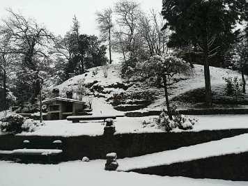 Gaggio area barbeque sotto la neve